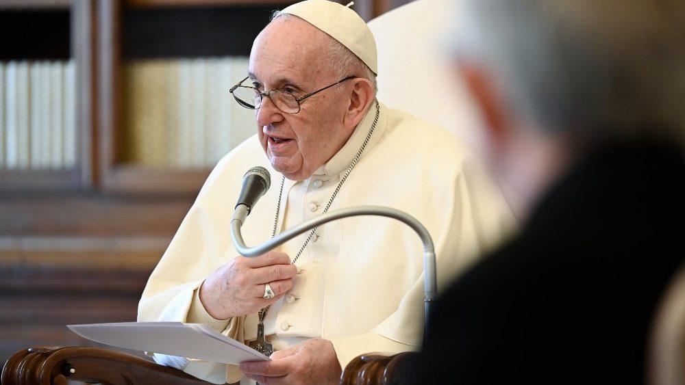 papa-audiencia-geral-1404