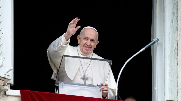 papa-francisco-regina-coeli-
